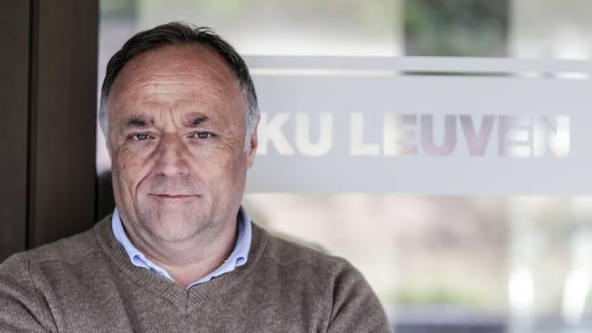 """Marc Van Ranst richt zich tot verenigingen: """"Best alle activiteiten uitstellen"""""""