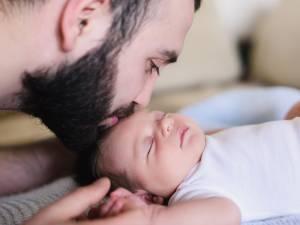 L'allongement du congé de paternité à 20 jours coûterait 74 millions par an