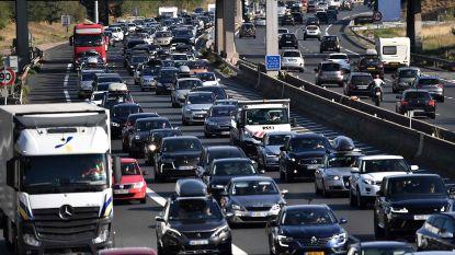 Corona of niet, monsterfiles op Europese wegen: 4 uur file in Zuid-Frankrijk, zelfs 6 uur richting Oostenrijks-Sloveense grens