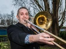 Concerten met Guus Meeuwis, Waylon en Tino Martin: de trombone brengt Evert overal