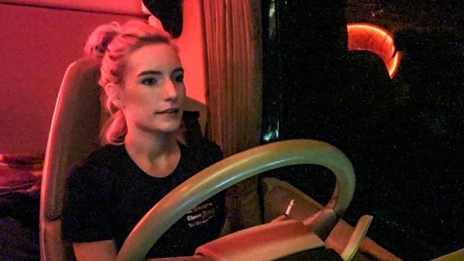 """'Lady Trucker' Naomi over carrière in machowereld: """"Als je respect toont, word je zelf veel sneller gerespecteerd"""""""