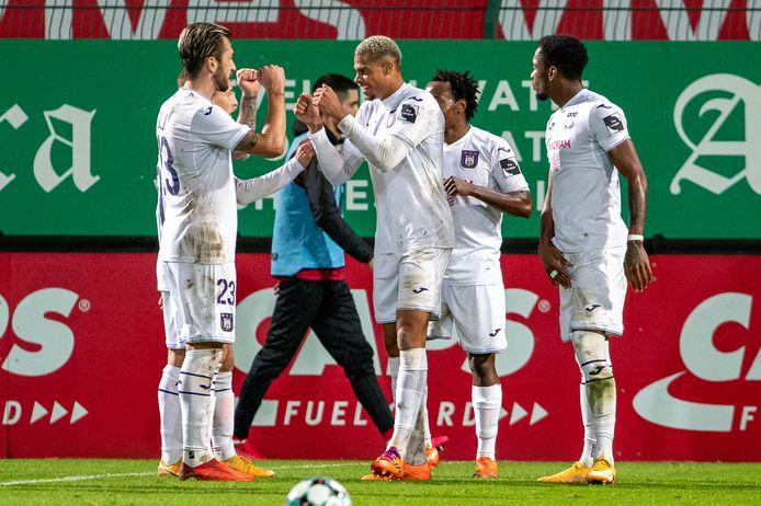 Avec son doublé, Lukas Nmecha a mis Anderlecht sur le chemin de la victoire à Coutrai.