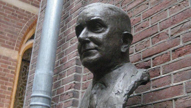 R.P. Cleveringa. Buste van Eja Siepman van den Berg. Beeld