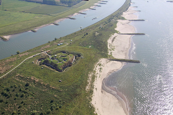 Fort Pannerden vanuit de lucht