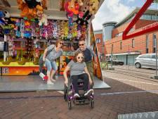 Verstandelijk gehandicapten krijgen eigen speeluur op kermis: 'Het is fijn dat de muziek niet zo hard staat'