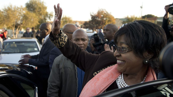 Mandela's voormalige echtgenote Winnie Madikizela-Mandela.