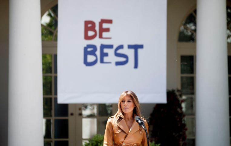 Melania kondigt haar programma 'Be Best' aan.