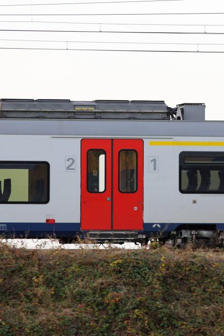 Un homme en fauteuil roulant fauché par un train à Ninove