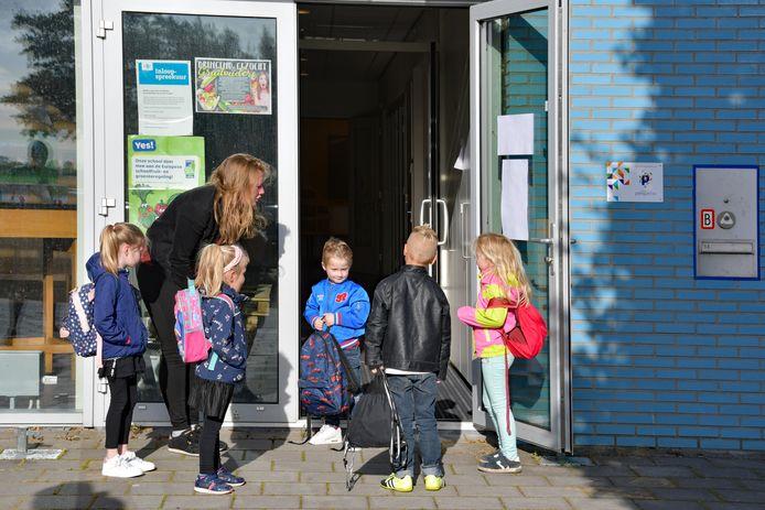 Voor de kinderen van kinderopvang Kiddo's wordt de overgang naar de basisschool gemakkelijker verwacht 't Geuzennest-directeur Gravemaker.