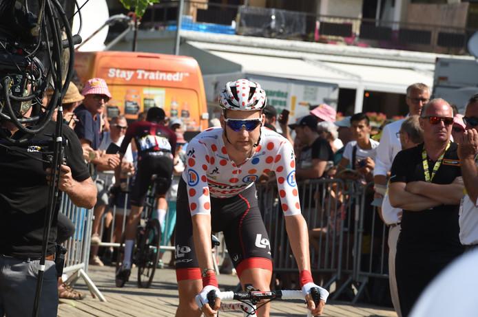 Tim Wellens à son arrivée à Valloire jeudi. Lui et le maillot à pois, c'est désormais de l'histoire ancienne. Le Belge l'a perdu au profit de Romain Bardet. Mais le Tour n'est pas fini et le coureur n'a pas totalement abandonné l'idée de reprendre sa tunique.