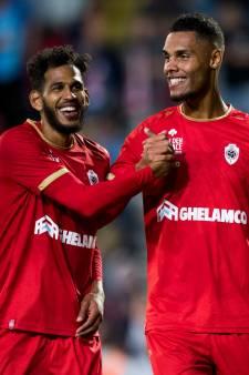 Mouscron et l'Antwerp rejoignent le Standard en tête du classement