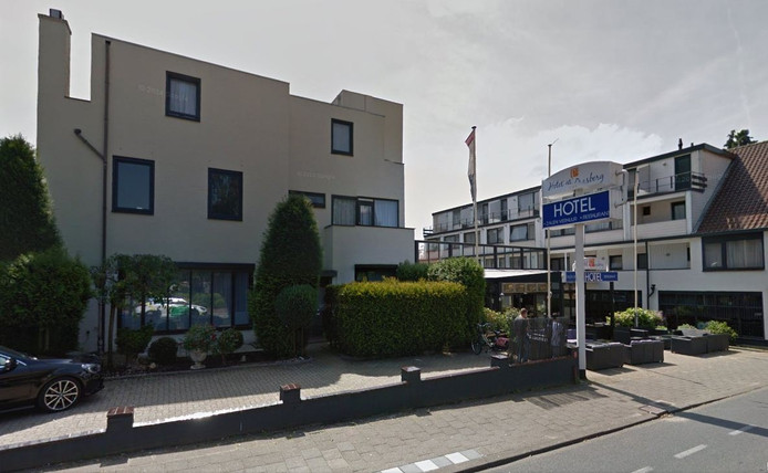 Hotel De Paasberg aan de Arnhemseweg in Ede
