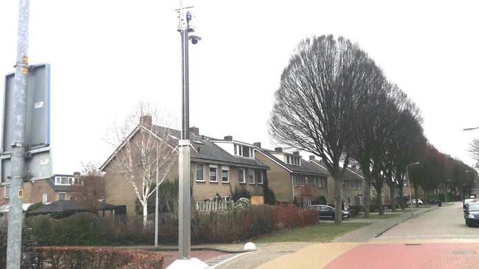 De camera aan de Burgemeester van Altenastraat in Tiel.