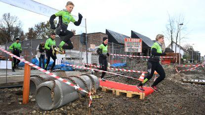 Ludieke actie van 'De Kiekenbakker' kent hilarisch vervolg: triatleten dagen op om trailrun van 28 meter te lopen