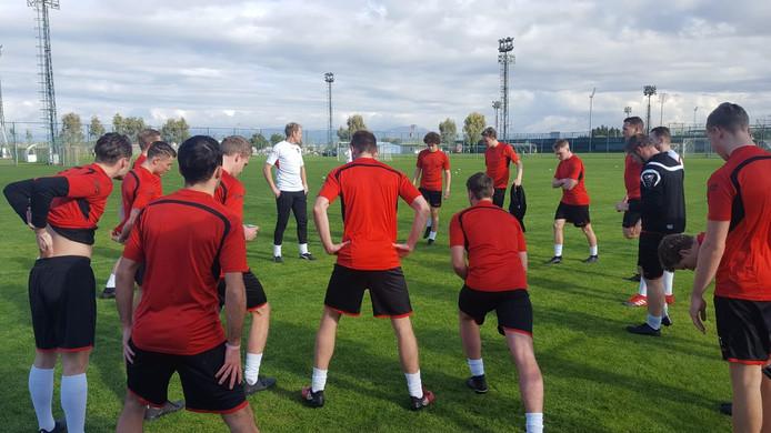 Avanti Wilskracht op het trainingsveld in Belek (Turkije).