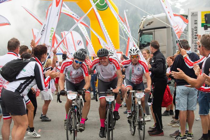 Prachtige taferelen afgelopen zomer op de Tourmalet waar de leden van Team Westland zich weer van hun beste kant lieten zien.