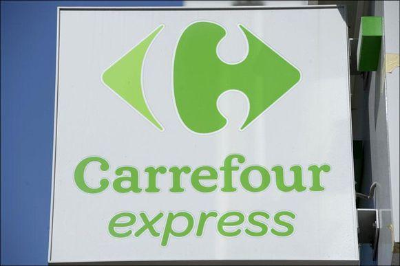 Carrefour opent winkels die de klok rond open zijn, waar je alleen digitaal kan betalen.