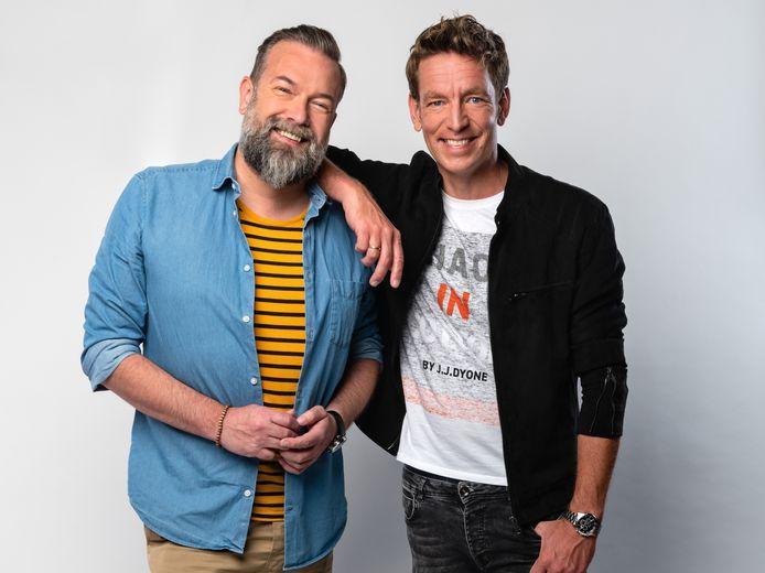 Radio-duo Jeroen Kijk in de Vegte en Jan-Willem Roodbeen.