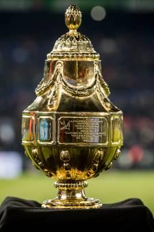 LIVE: Persconferentie KNVB beker met El Ahmadi en Vlaar
