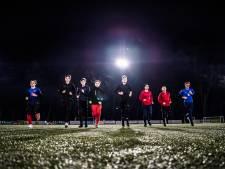Eerste duel Arnhem Cup gestaakt na beenbreuk speler VDZ