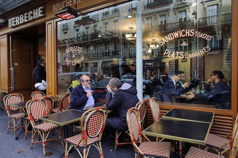 Het chique zeventiende arrondissement, waar veel Joden (zijn komen) wonen en waar het voor hen relatief veilig is.  Beeld Bart Koetsier