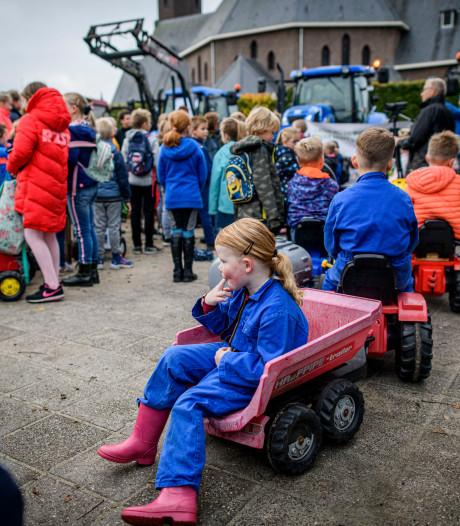 Ook een boerenprotest op Rietmolense basisschool