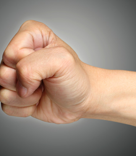 Redeloos geweld oud en nieuw Heesch gevolgd door bedreiging: 'Als jullie mij aangeven, zijn jullie de mijne'
