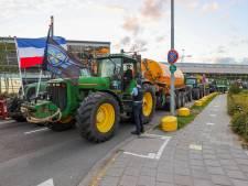 Boeren blokkeerden toegangsweg bij Eindhoven Airport, luchthaven bleef bereikbaar