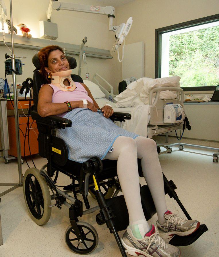 Corine in haar rolstoel.