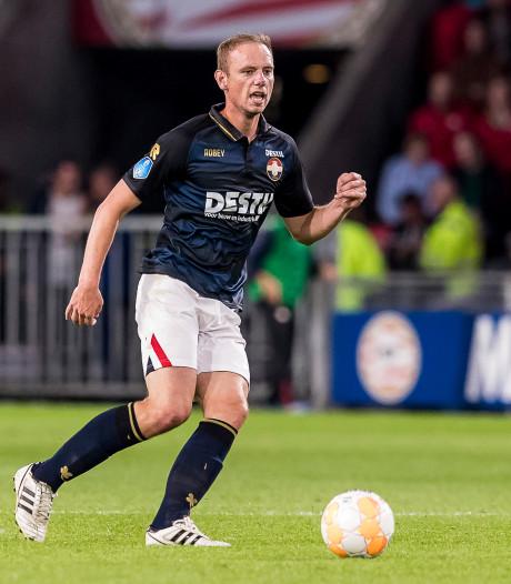 'Supporters Willem II verkiezen Lieftink boven Anita, Croux moet Özbiliz vervangen'