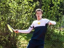 Borg en Gerritsen gaan onderuit in Sallandse tennisclash