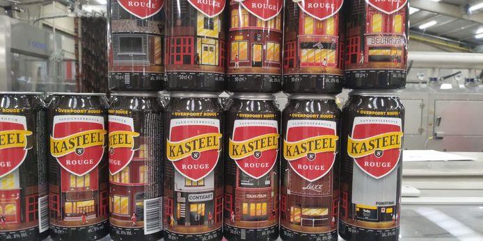 Kasteel Rouge-blikken met daarop de gevels van de cafés in de Overpoort.