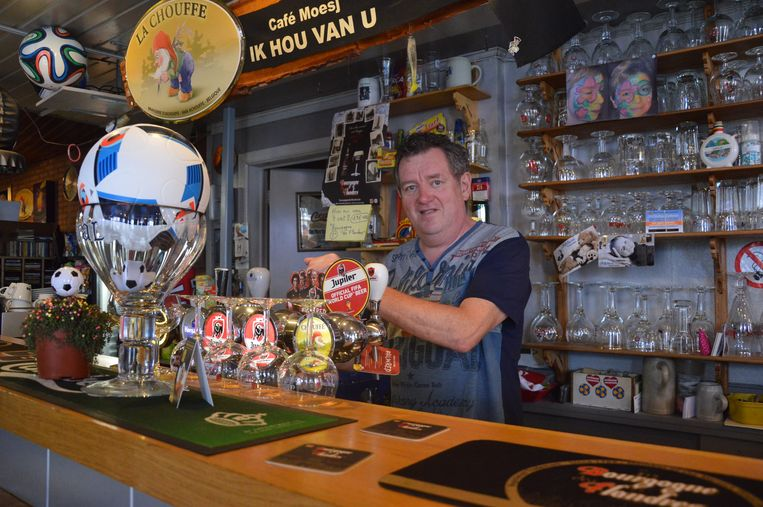 Hans 'Moesj' Michiels, uitbater van café Moesj in Meerbeke.