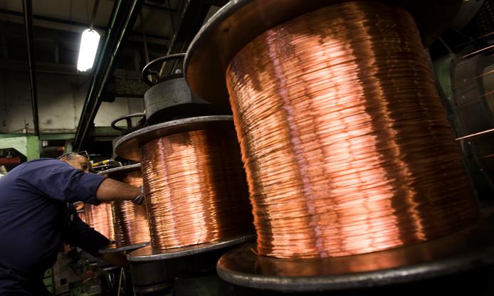 Productie van koperen kabels (foto ter illustratie).