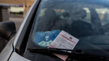 """Aartselaar voert controle op foutparkeerders op: """"Maar externe firma inschakelen is niet wettelijk"""""""