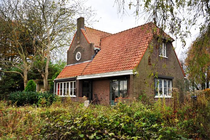 De monumentale boerderij De Griendheuvel aan de Noorderelsweg staat al 20 jaar te verpauperen.