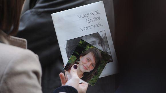 Onder meer studente Emilie Leus liet het leven bij het ongeval in Oosterzele, op 11 november 2009.
