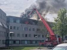 Grote brand in Tilburgs woonzorgcentrum, twee traumahelikopters geland