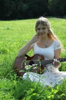 Muziek in acht tuinen voor een goed doel