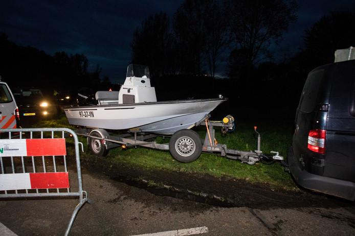 2017-10-11 19:20:00 ZEEWOLDE - De politie zoekt naar de vermiste Anne Faber in de buurt van een golfterrein in Zeewolde. De Utrechtse wordt al ruim anderhalve week vermist. ANP SEM VAN DER WAL