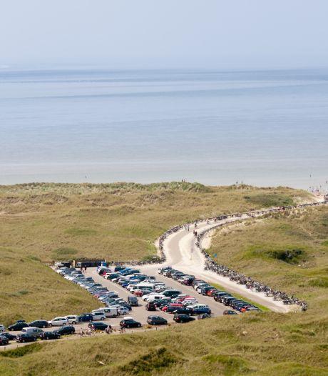 Dit zijn de goedkoopste (en duurste) plaatsen om te parkeren bij het strand