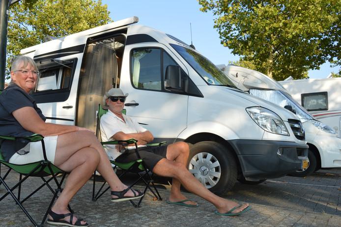 Adrie en Lucia Vreeke uit Middelburg zijn een jaarrond onderweg met de camper.