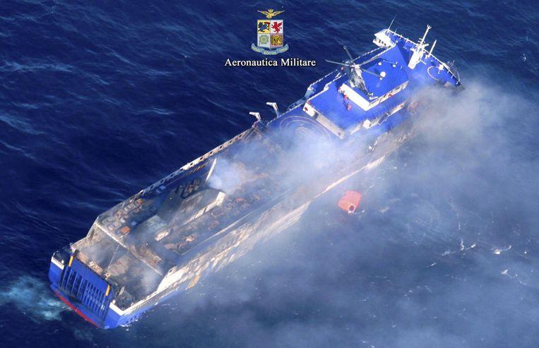 De brandende veerboot Norman Atlantic. Beeld epa
