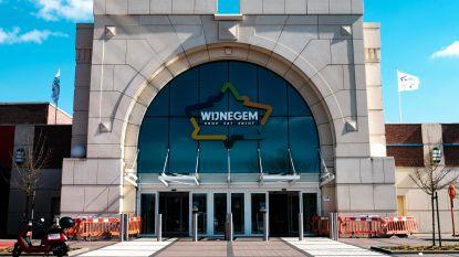 Wijnegem Shopping Center voorziet 2.500 mondmaskers voor shoppers, opbrengst gaat naar goed doel