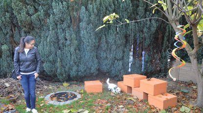 Eerste snuffeltuin geopend met poepzakjes