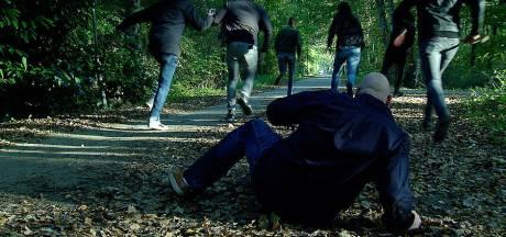 Extra aanhoudingen in onderzoek gewelddadige beroving homo uit Soest: jongens van 15 en 17 jaar