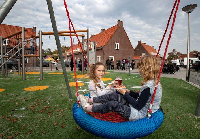 *speeltuin* in Helmond ook voor *kids met een beperking*