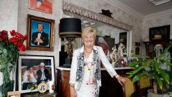 """BINNENKIJKEN. Marina Wally bewaart ouderlijke woonst als relikwie : """"Hier is mama in m'n armen gestorven"""""""
