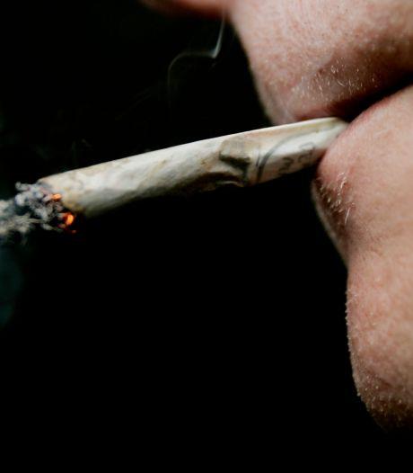 Verbod op straatgebruik softdrugs in avond en nacht van de baan