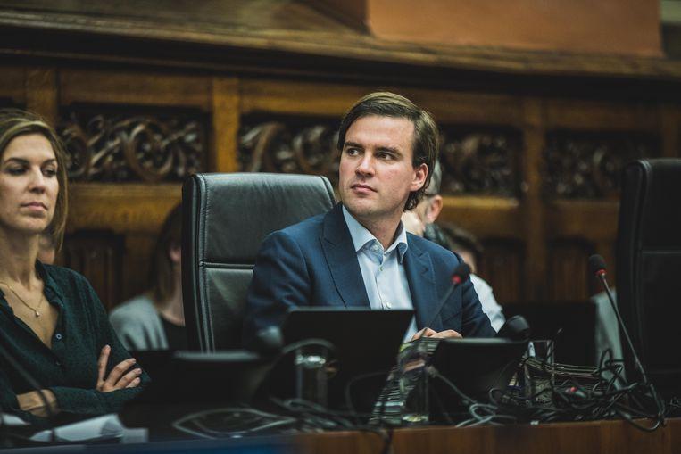 Aantredend burgemeester Mathias De Clercq.